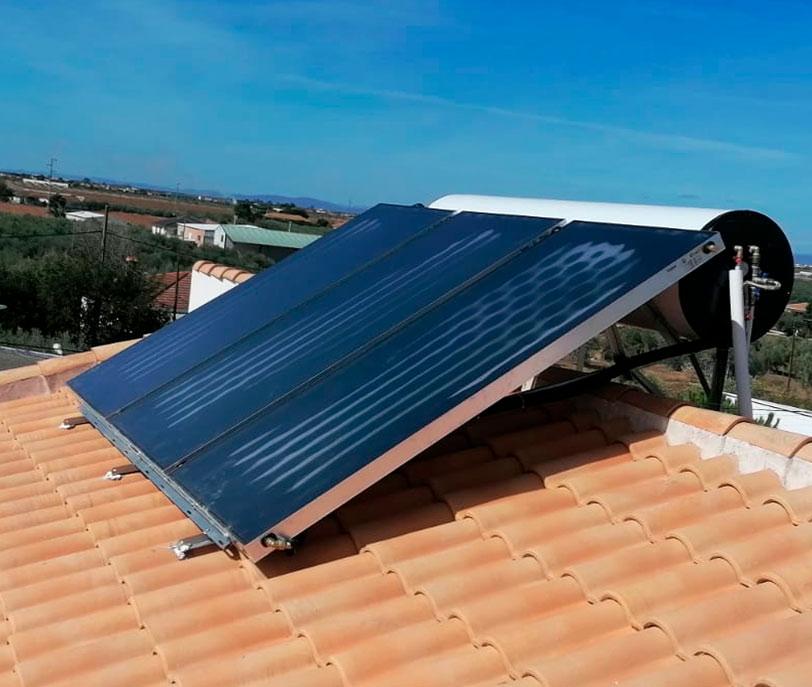 Instalaciones solares térmicas - Energía termosolar - fotovoltaicas - Efisolar Energías Renovables - Cádiz - Arcos de la frontera